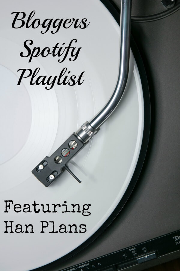 Bloggers Spotify Playlist featuring Han Plans - www.pushingthemoon.com
