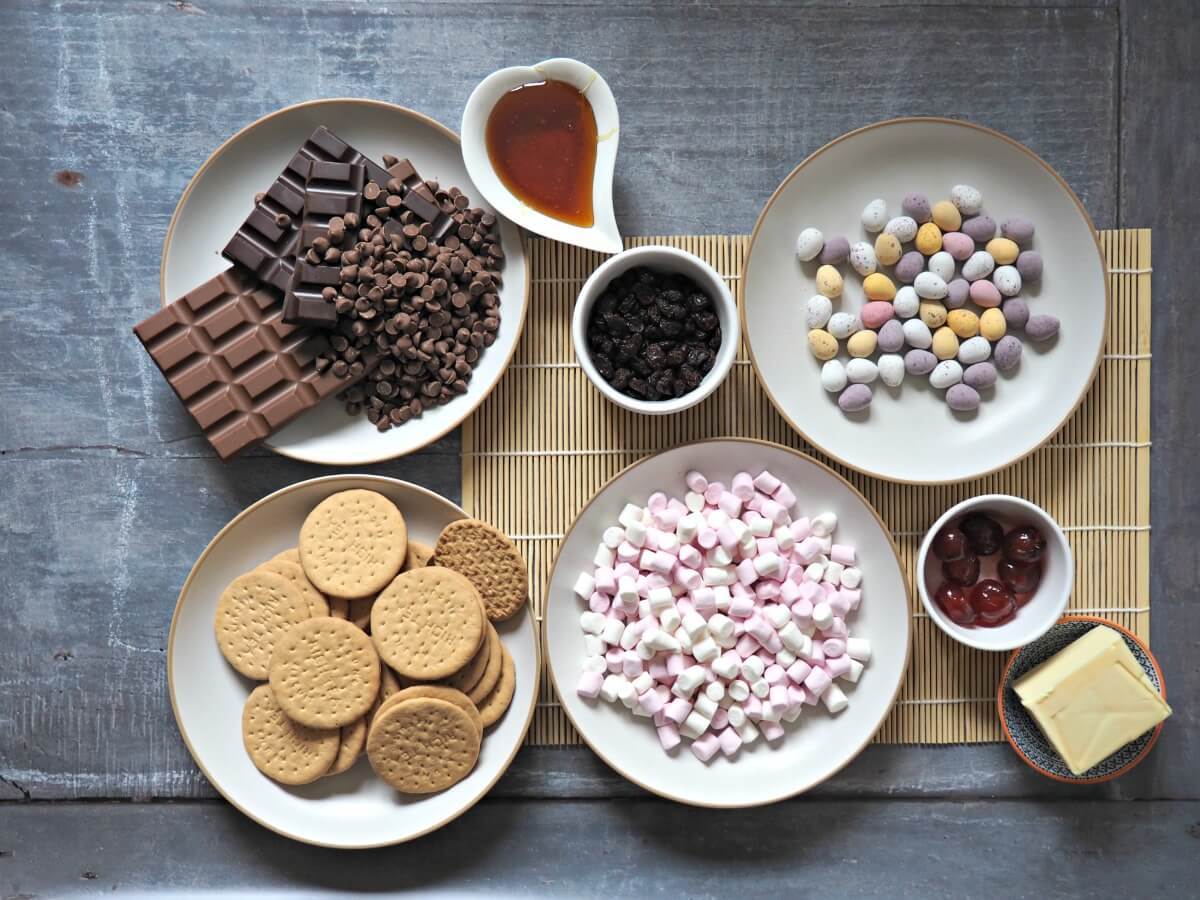 Easter-Rocky-Roads-Recipe-The-Ingredients