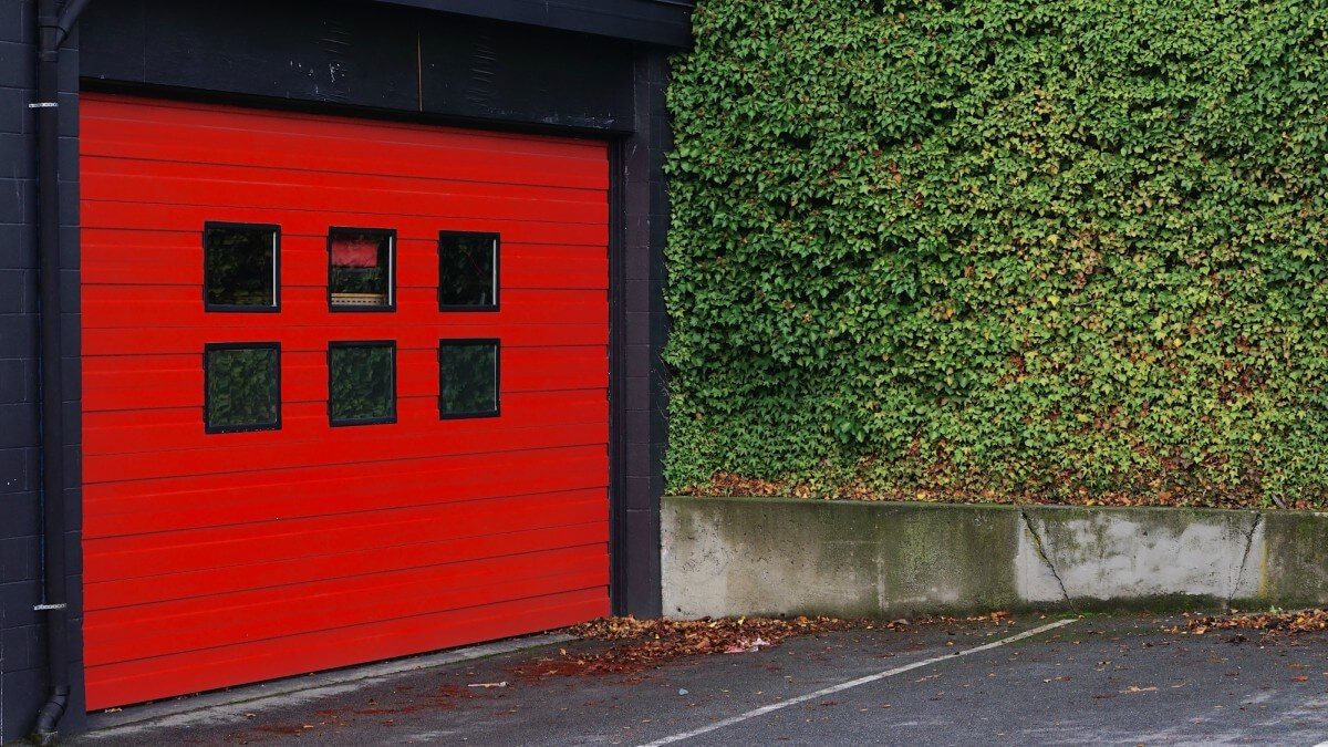 Your House Search Checklist - garage with red door