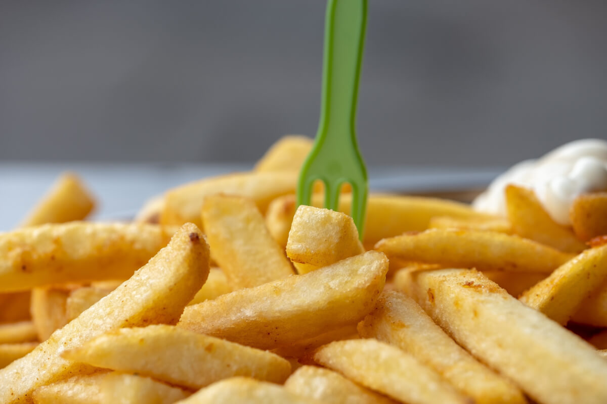 Chips and green fork