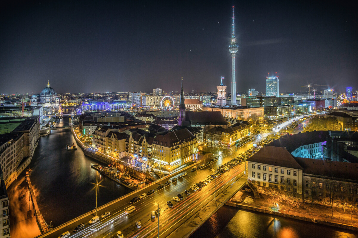 Best holiday destinations for party people - Berlin at night